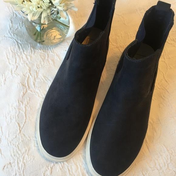 GAP Shoes   Gap Chelsea Boot Sneakers